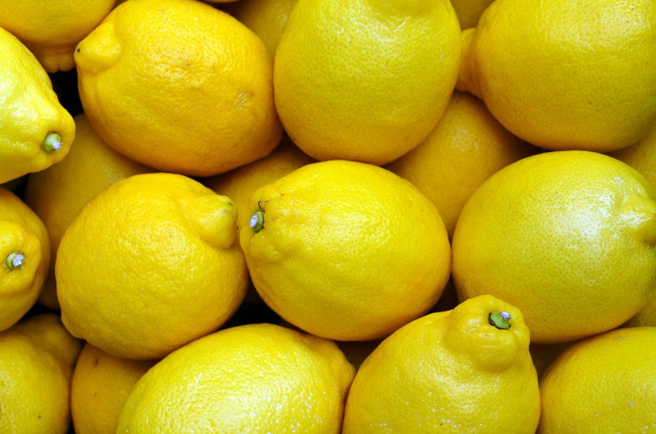lemons-2039830_1280.jpg